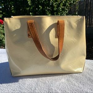 Louis Vuitton Vernis Read bag 🐥 Yellow